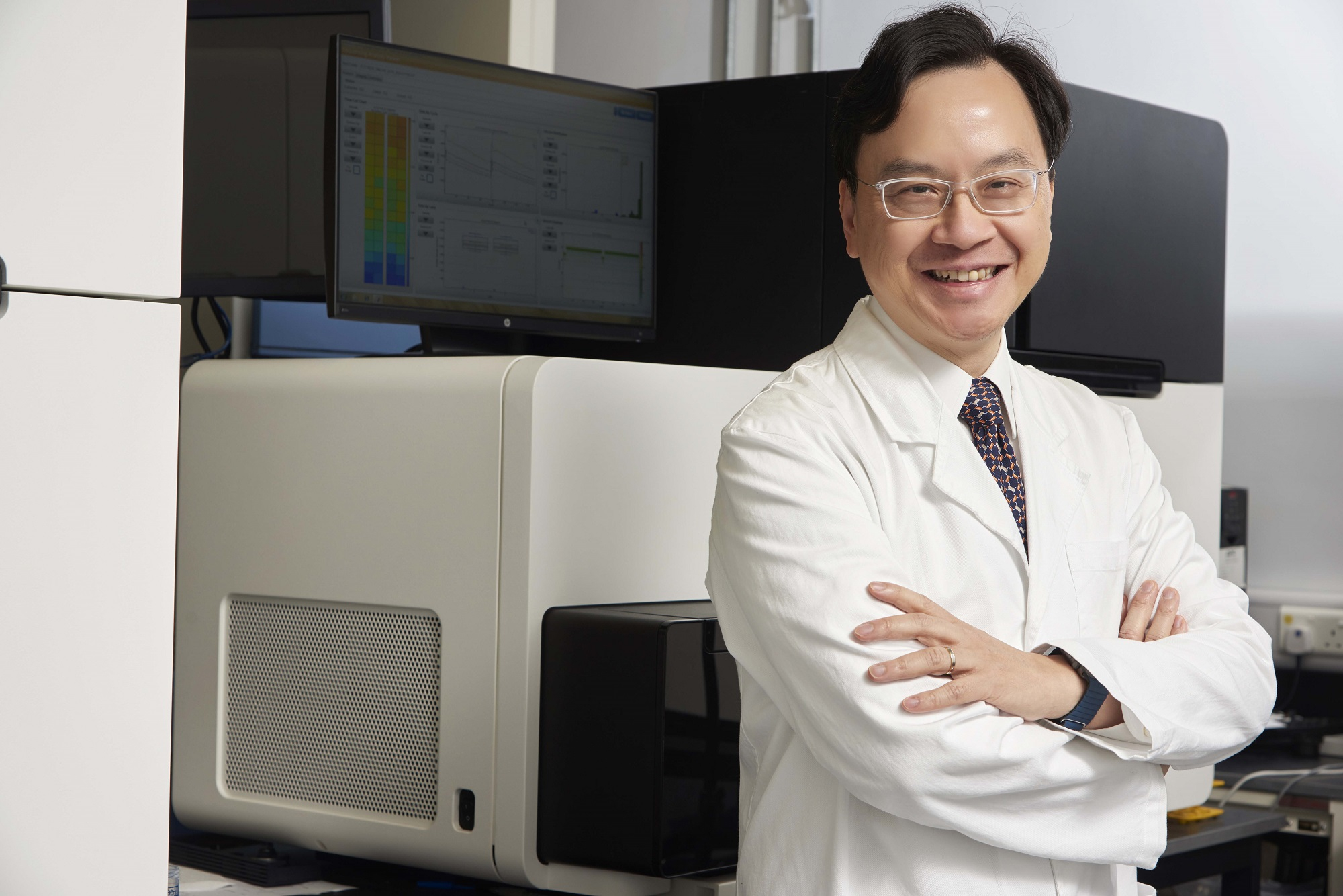 "Prof Dennis Lo named ""Top 20 Translational Researchers of 2017"" by Nature Biotechnology"
